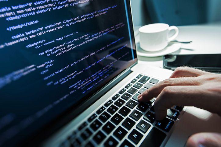 Beneficios de contratar un perito informático