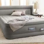 Beneficios de dormir en un colchón hinchable