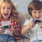 Beneficios de jugar videojuegos en los niños